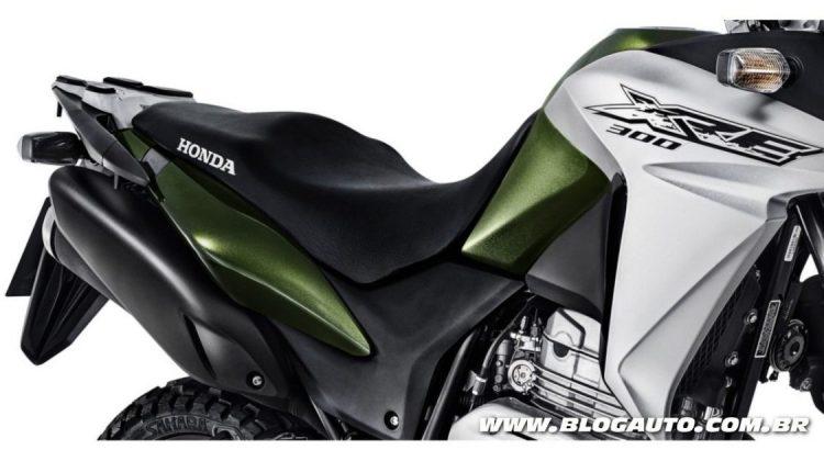 Honda XRE 300 2017 traz novas cores e parte de R$ 16.190 - BlogAuto
