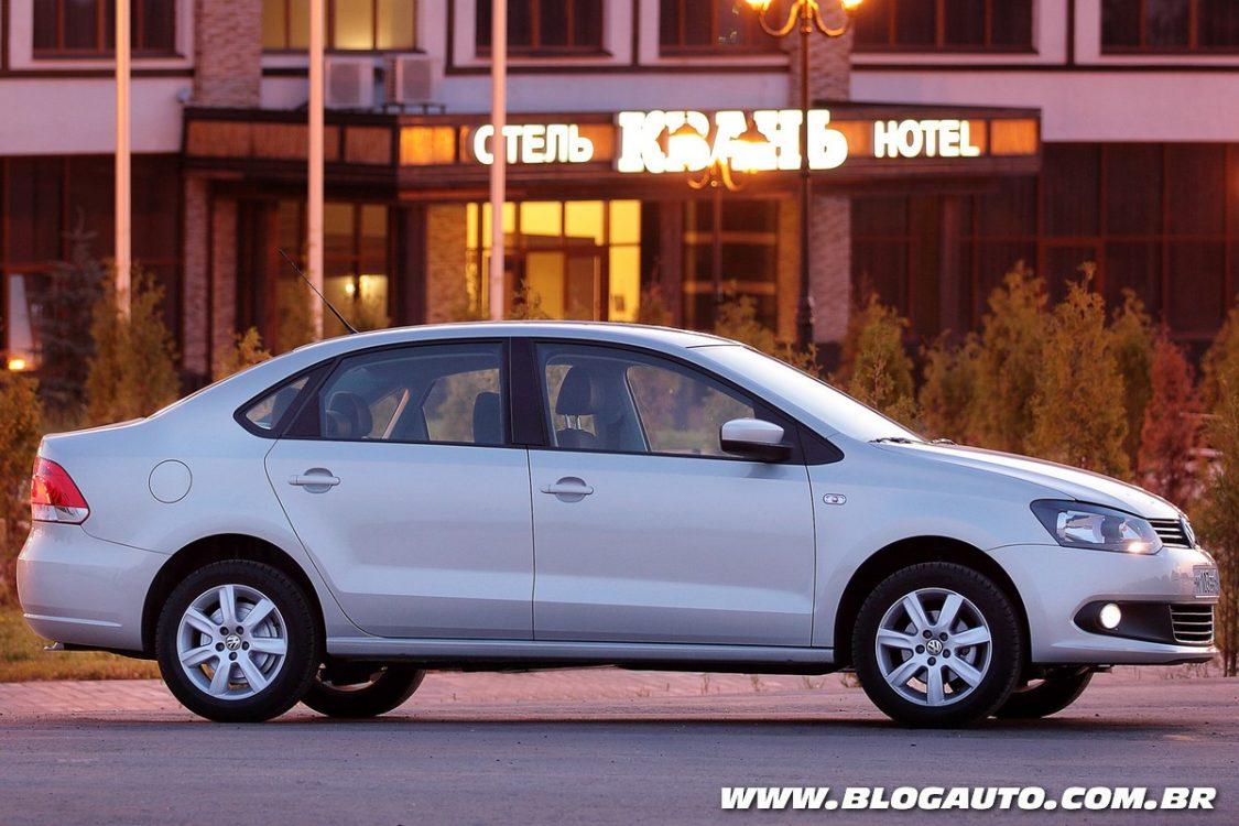 Volkswagen Virtus vai estrear como sedã compacto no Brasil