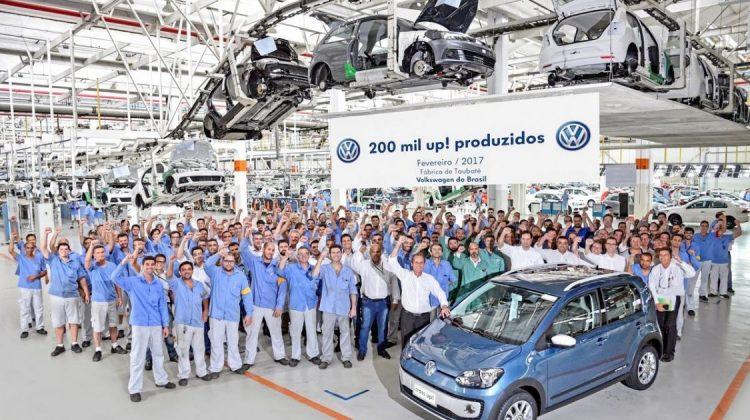 Exemplar número 200.000 do Volkswagen up!