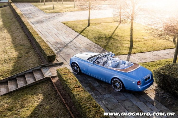 Phantom Drophead Coupé Blue Magpie