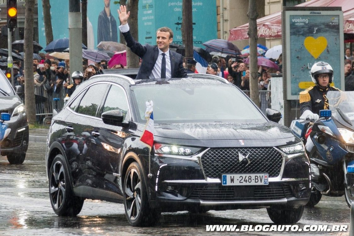 DS 7 Crossback é usado como carro do presidente da França