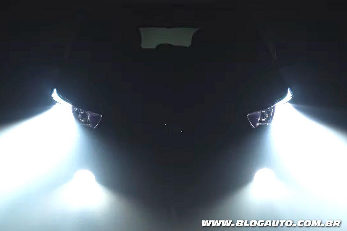 Fiat Argo 2018 revela parte do seu visual em vídeo