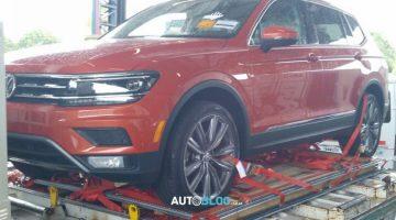 Flagra do Volkswagen Tiguan Allspace na Argentina