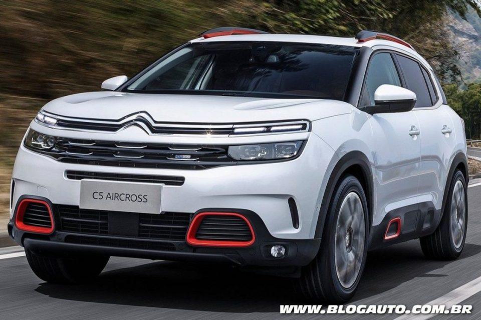 Citroen C5 Aircross >> Citroën C5 Aircross 2018 chega como crossover médio - BlogAuto