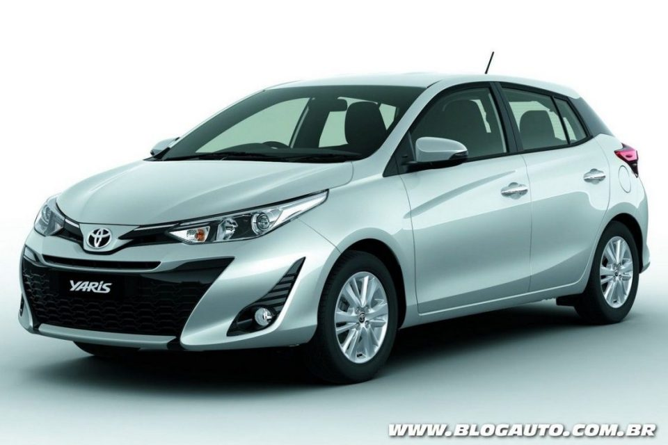 toyota yaris confirmado e chega ao brasil em 2018 blogauto. Black Bedroom Furniture Sets. Home Design Ideas