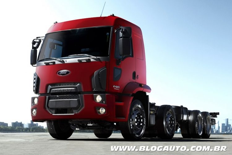 Ford Cargo Connect 8x2