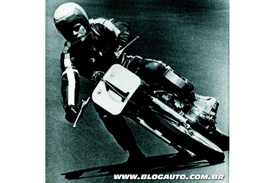 Harley-Davidson Sportster em competição em 1964