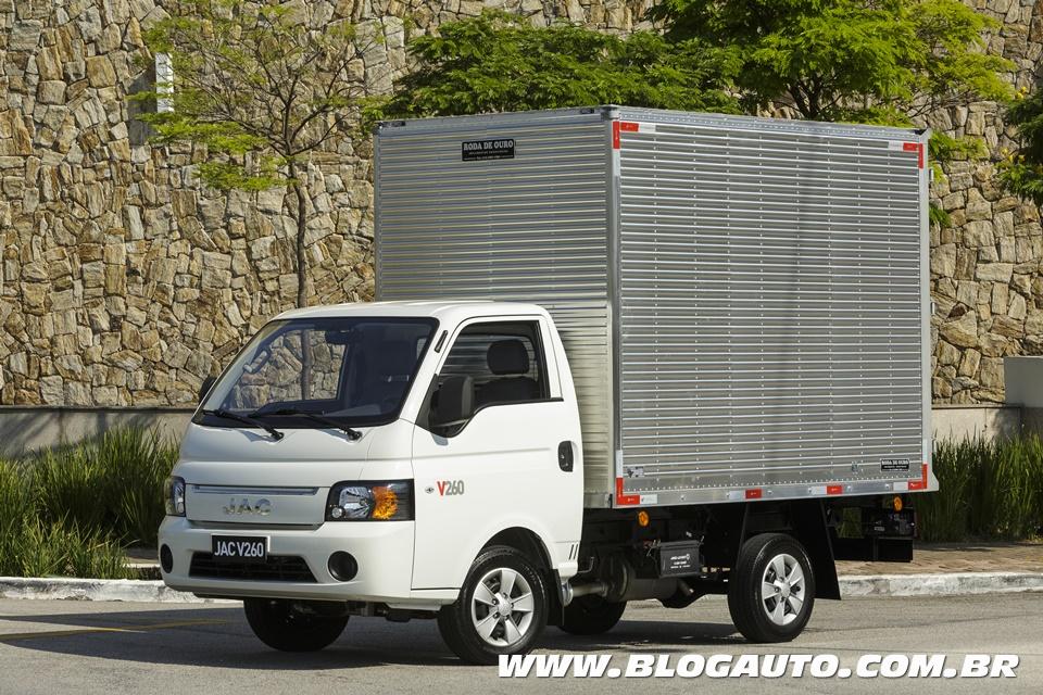 JAC V260 2018, o VUC diesel mais barato do Brasil