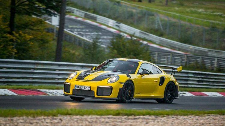 Porsche 911 GT2 RS em Nürburgring