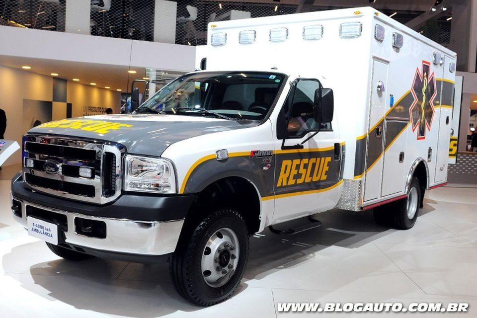 Ford F-4000 4x4 Ambulância e Resgate