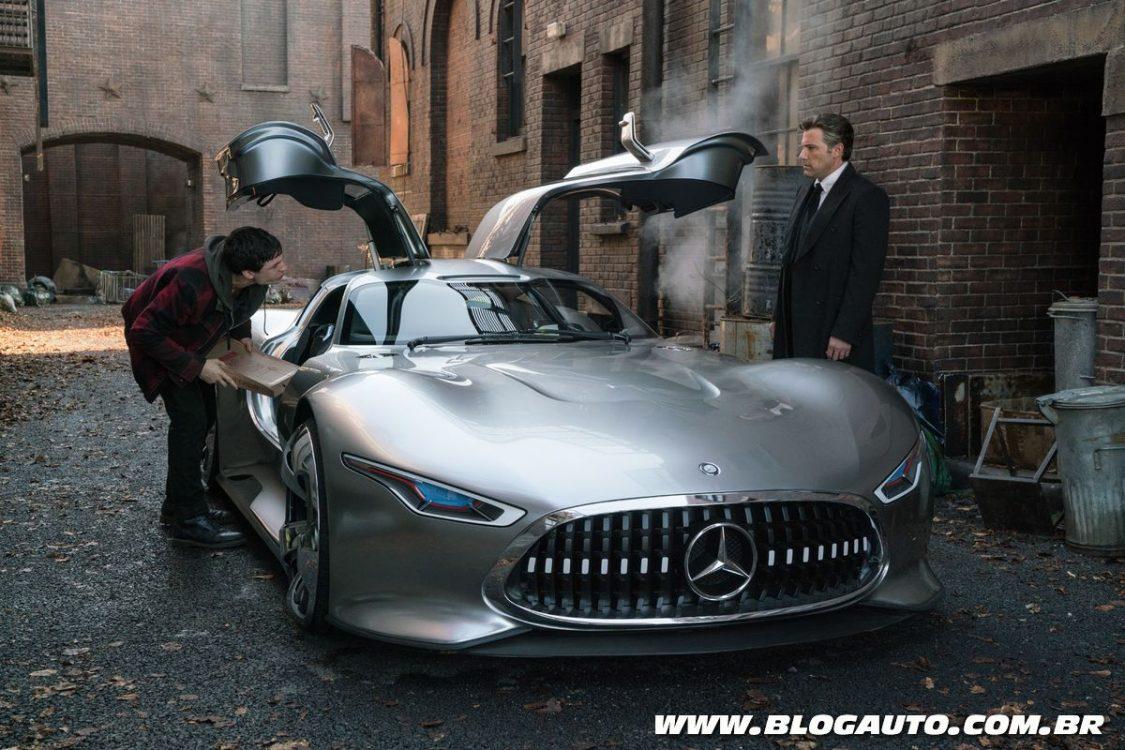 Mercedes-Benz aparece em novo filme Liga da Justiça