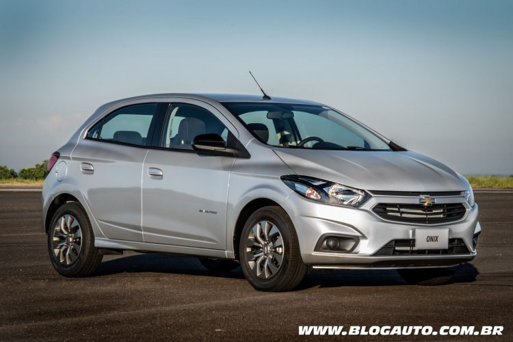 Chevrolet Onix Advantage 2018