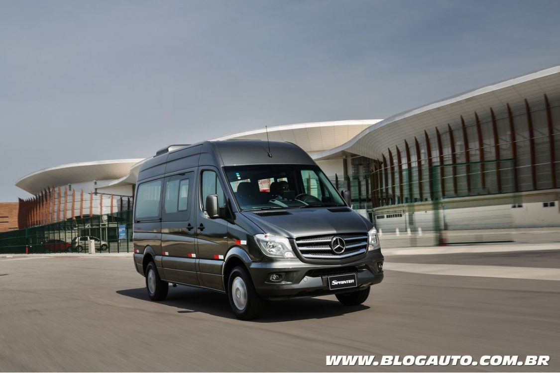 Mercedes benz sprinter volta a liderar no mercado nacional for What is a mercedes benz sprinter