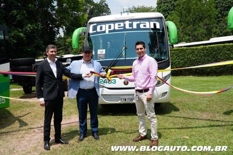 Mercedes-Benz entrega 50 ônibus para empresa de fretamento na Colômbia