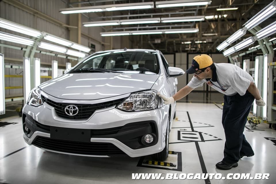 Toyota Etios chega 500 mil produzidos no Brasil