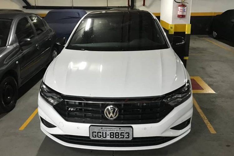 Flagra Volkswagen Jetta 2019 R-Line