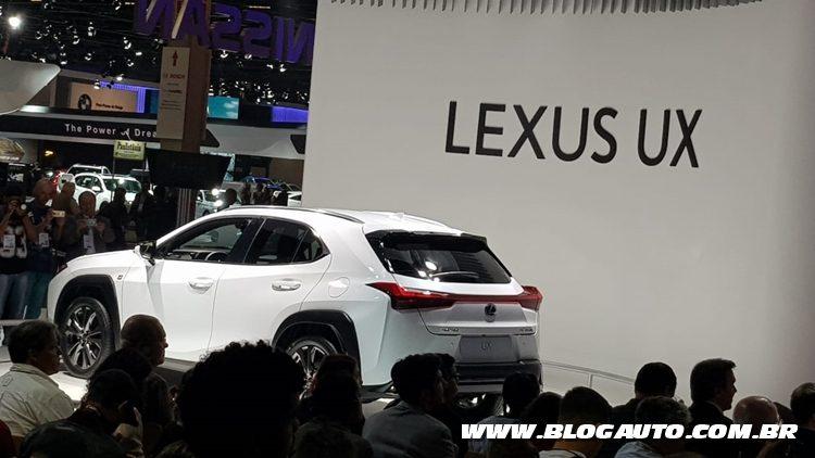Salão do Automóvel 2018 - Lexus UX