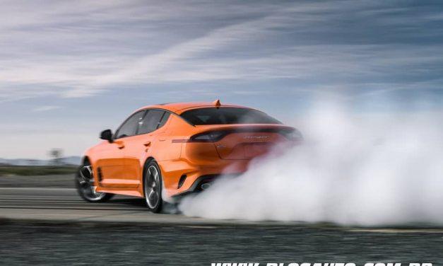 Kia Stinger GTS edição limitada AWD consegue fazer drift