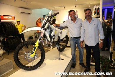 Husqvarna TE 300i com Raul e Maurício Fernandes importadores da marca para o Brasil